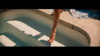 Moen TV Spot, 'Water Designs Our Life. Who Designs for Water?' - Thumbnail 4