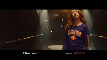Fanatics.com TV Spot, 'Gearing Up' Song by Greta Van Fleet - Thumbnail 9