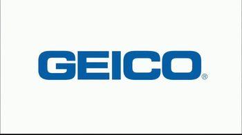 GEICO TV Spot, 'Jeopardy!: Running of the Bulldogs' - Thumbnail 4