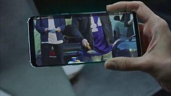 MetroPCS TV Spot, 'Share the Things You Love: Free Phones' - Thumbnail 2