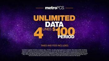 MetroPCS TV Spot, 'Share the Things You Love: Free Phones' - Thumbnail 6