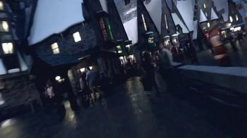The Wizarding World of Harry Potter TV Spot, 'Journey to Another World' - Thumbnail 4