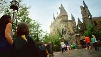 The Wizarding World of Harry Potter TV Spot, 'Journey to Another World' - Thumbnail 6