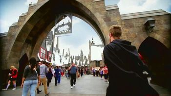 The Wizarding World of Harry Potter TV Spot, 'Journey to Another World' - Thumbnail 7