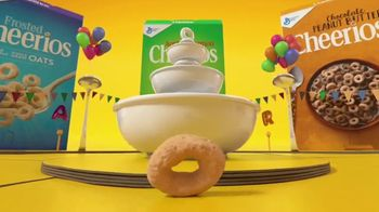 Cheerios TV Spot, 'Block Party'