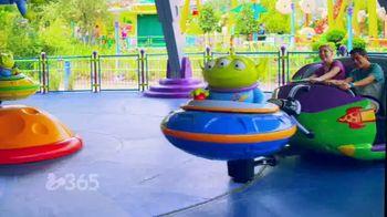 Disney Parks & Resorts TV Spot, 'Disney Channel: Toy Story Land: Huge Fan' - Thumbnail 7