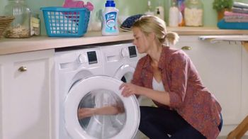 Lysol Laundry Sanitizer TV Spot, 'They Can't Live Without It Protection' - Thumbnail 7
