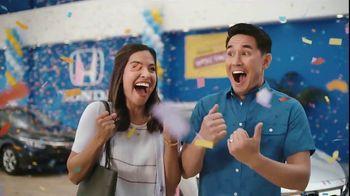 Honda Summer Spectacular Event TV Spot, 'Satisfied Pair' - Thumbnail 2