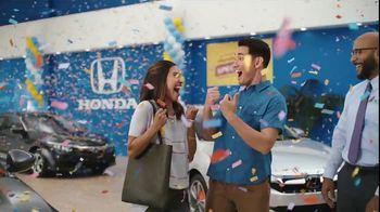 Honda Summer Spectacular Event TV Spot, 'Satisfied Pair' - Thumbnail 3