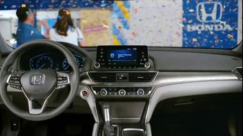 Honda Summer Spectacular Event TV Spot, 'Satisfied Pair' - Thumbnail 5