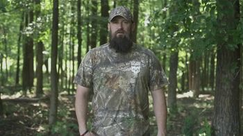 Realtree Edge TV Spot, 'Stick Out'