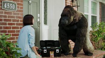 Gorilla Mounting Tape TV Spot, 'Stare Down' - Thumbnail 9