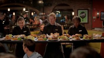 O'Charley's Under $10 Platefuls TV Spot, 'Tray' - Thumbnail 5