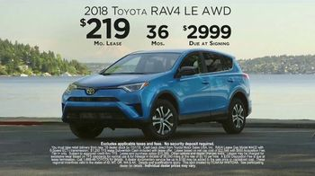 2018 Toyota RAV4 TV Spot, 'Live With Adventure and Confidence' [T2] - Thumbnail 9