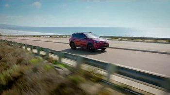 2018 Toyota RAV4 TV Spot, 'Live With Adventure and Confidence' [T2] - Thumbnail 6