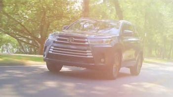 2018 Toyota Highlander TV Spot, 'Live With Peace of Mind' [T2] - Thumbnail 3