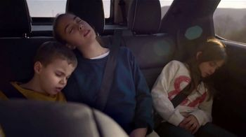 2019 Land Rover Discovery TV Spot, 'Never Stop Discovering'