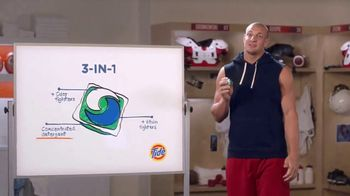 Tide PODS TV Spot, 'Talk With Gronk' Featuring Rob Gronkowski - Thumbnail 5