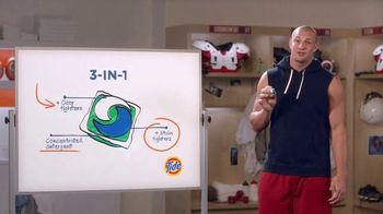 Tide PODS TV Spot, 'Talk With Gronk' Featuring Rob Gronkowski - Thumbnail 6