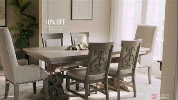 Value City Furniture Pre-Black Friday Sale TV Spot, 'Head Start' - Thumbnail 7