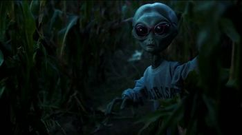 Zenni Optical TV Spot, 'Seeing is Believing: Alien' - Thumbnail 4