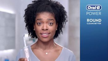 Oral-B TV Spot, 'Toss and Reach' - Thumbnail 3