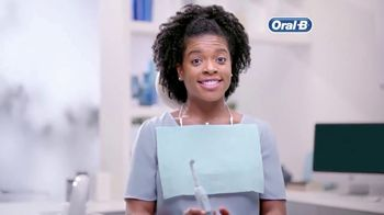 Oral-B TV Spot, 'Toss and Reach' - Thumbnail 5