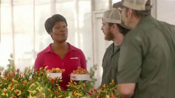 Popeyes Red Stick Chicken TV Spot, 'Pepper Perfection' - Thumbnail 3