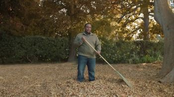 GolfNow.com TV Spot, 'Man Rakes 3,007 Bags of Leaves' - Thumbnail 1
