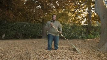 GolfNow.com TV Spot, 'Man Rakes 3,007 Bags of Leaves'
