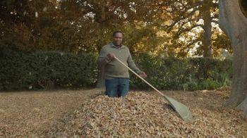 GolfNow.com TV Spot, 'Man Rakes 3,007 Bags of Leaves' - Thumbnail 3