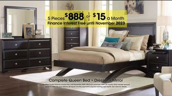 Rooms to Go Holiday Sale TV Spot, 'Complete Queen Bed' - Thumbnail 5