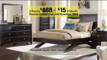 Rooms to Go Holiday Sale TV Spot, 'Complete Queen Bed' - Thumbnail 6
