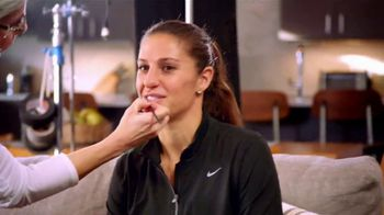 Hand and Stone Black Friday Weekend Event TV Spot, 'BOGO Holiday Gift Cards' Featuring Carli Lloyd - Thumbnail 2