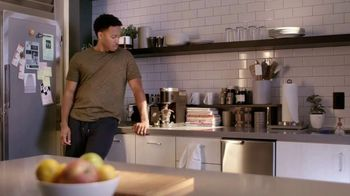 RetailMeNot TV Spot, 'Savings Are Everywhere' - Thumbnail 2