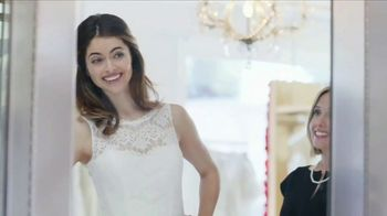 Navy Federal Credit Union cashRewards Credit Card TV Spot, 'Wedding Dress' - Thumbnail 5