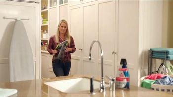 Bissell Pet Stain Eraser TV Spot, 'Messy Residents' - Thumbnail 8
