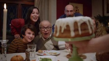 Wells Fargo TV Spot, 'The Most Giving-est Time of the Year' - Thumbnail 4