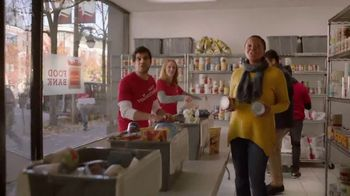 Wells Fargo TV Spot, 'The Most Giving-est Time of the Year' - Thumbnail 6
