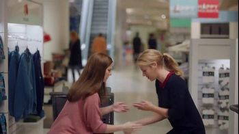 Fruit of the Loom TV Spot, 'The Celebratory Handshake' - Thumbnail 8