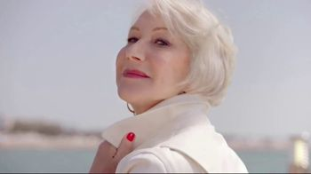 L\'Oreal Paris Age Perfect Hydra-Nutrition Moisturizer TV Spot, \'The Elbow\' Featuring Helen Mirren