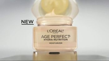 L'Oreal Paris Age Perfect Hydra-Nutrition Moisturizer TV Spot, 'The Elbow' Featuring Helen Mirren