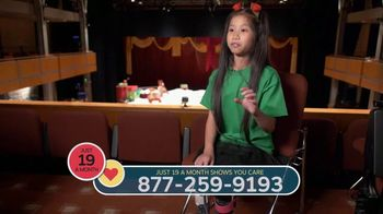 Shriners Hospitals for Children TV Spot, '2018 Holidays: Behind the Curtain: Abilities' - Thumbnail 5
