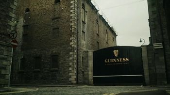 Guinness TV Spot, 'A Guinness Toast to Tradition'