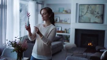 Yankee Candle Elevation Collection TV Spot, 'The Little Touches: Happy Holidays' - Thumbnail 2