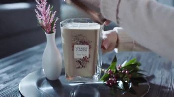 Yankee Candle Elevation Collection TV Spot, 'The Little Touches: Happy Holidays' - Thumbnail 3