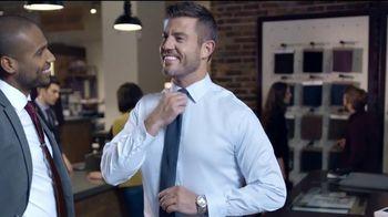 Men's Wearhouse TV Spot, 'La costumbre es la comodidad' con Jesse Palmer [Spanish] - Thumbnail 5