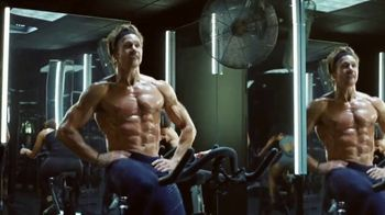Planet Fitness TV Spot, 'Mirror Guy: $10 a Month'