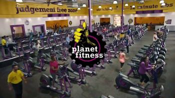 Planet Fitness TV Spot, 'Mirror Guy: $10 a Month' - Thumbnail 4