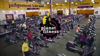 Planet Fitness TV Spot, 'Mirror Guy: $10 a Month' - Thumbnail 5